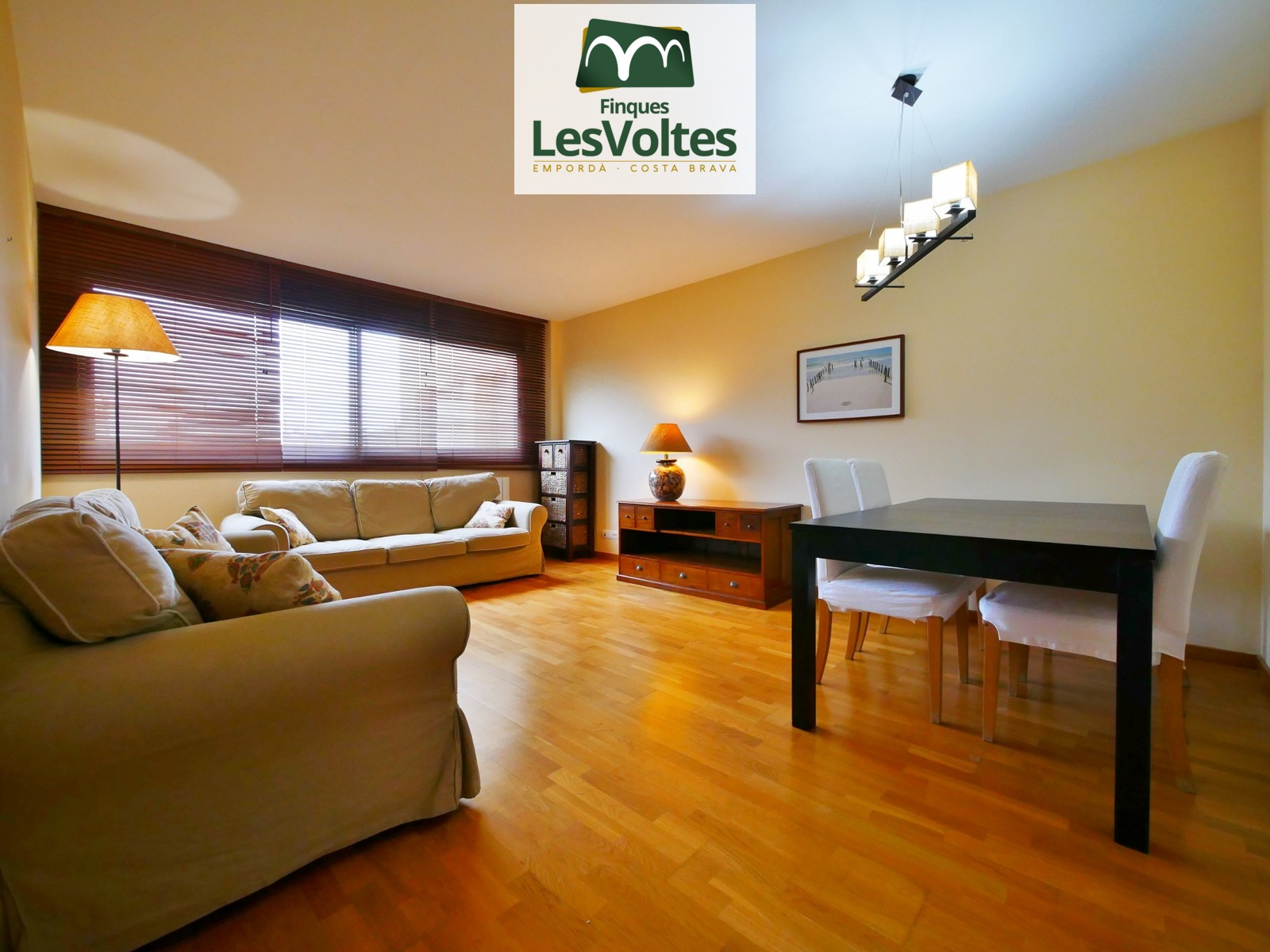 Magnífic pis de 3 habitacions en venda en immillorable situació al Centre de Palafrugell.