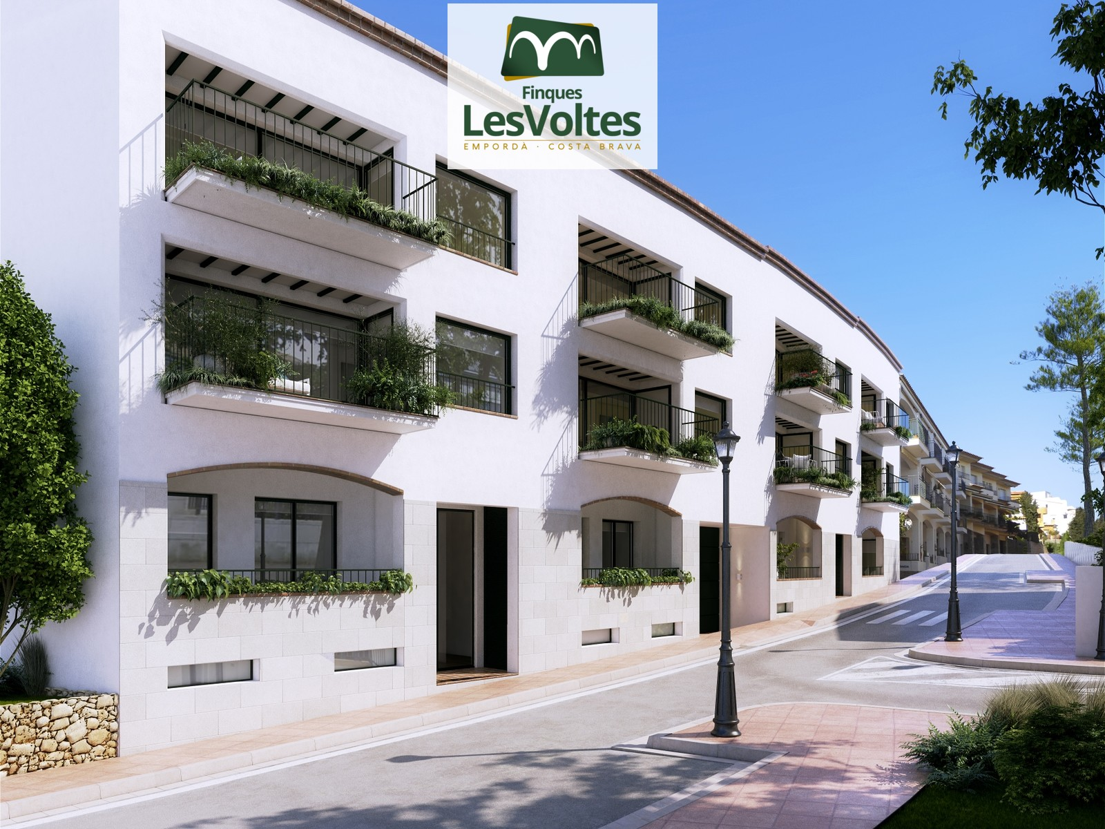 EXCLUSIVE PROMOTION OF HIGH STANDING HOUSING IN THE CENTER OF CALELLA DE PALAFRUGELL. CANADELL BEACH.