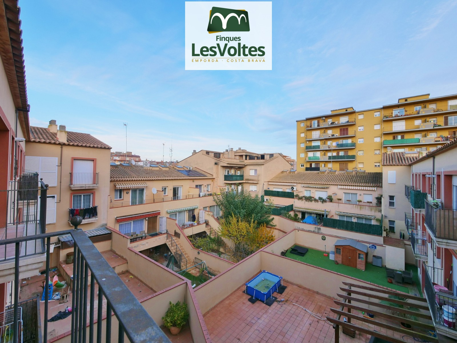 2 bedroom apartment for sale in Palafrugell. Residential area well connected to the center and with all services