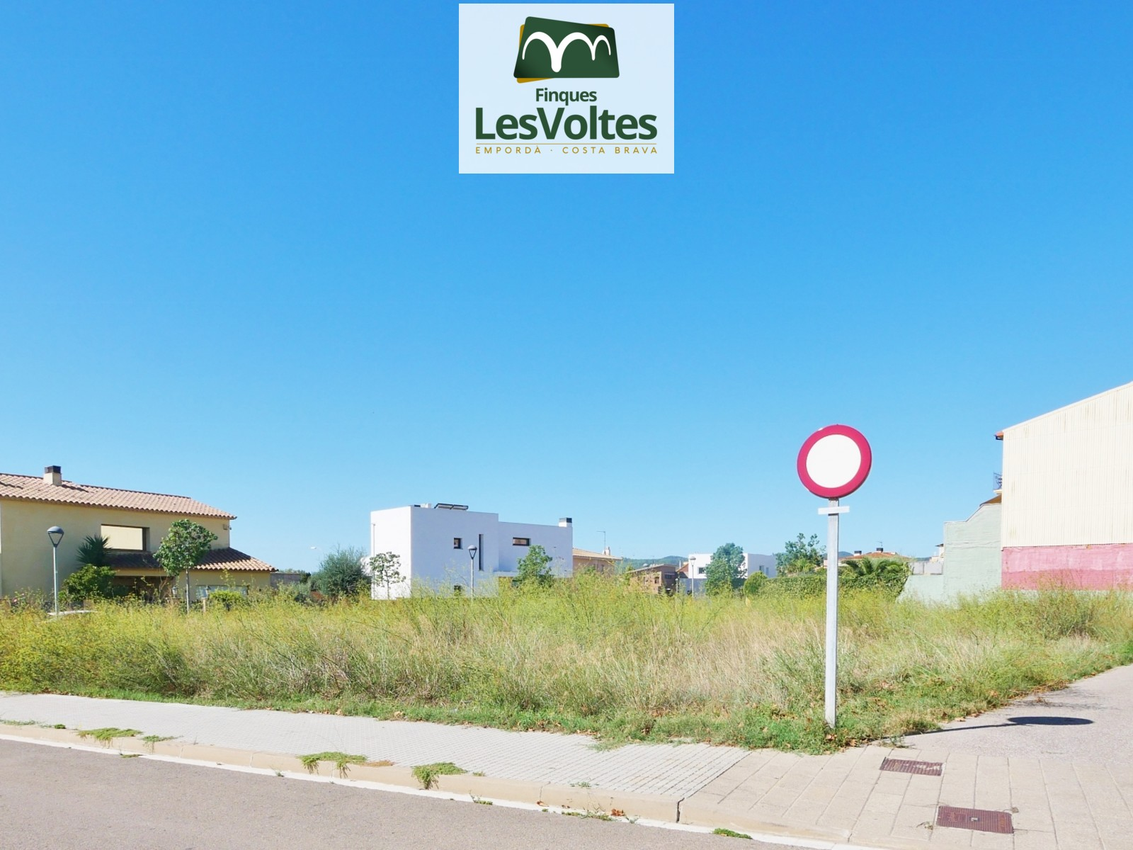 PLOT 756M2 FOR PLURIFAMILIARY BUILDING FOR SALE IN PALAFRUGELL. BRUGUEROL AREA.
