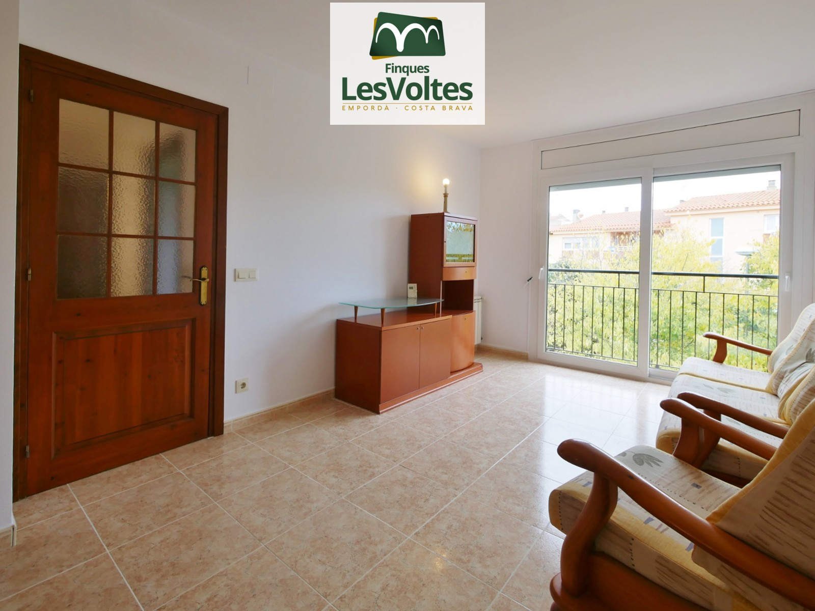Magnífic pis de 3 habitacions en venda en zona residencial molt tranquil·la al centre de Palafrugell.