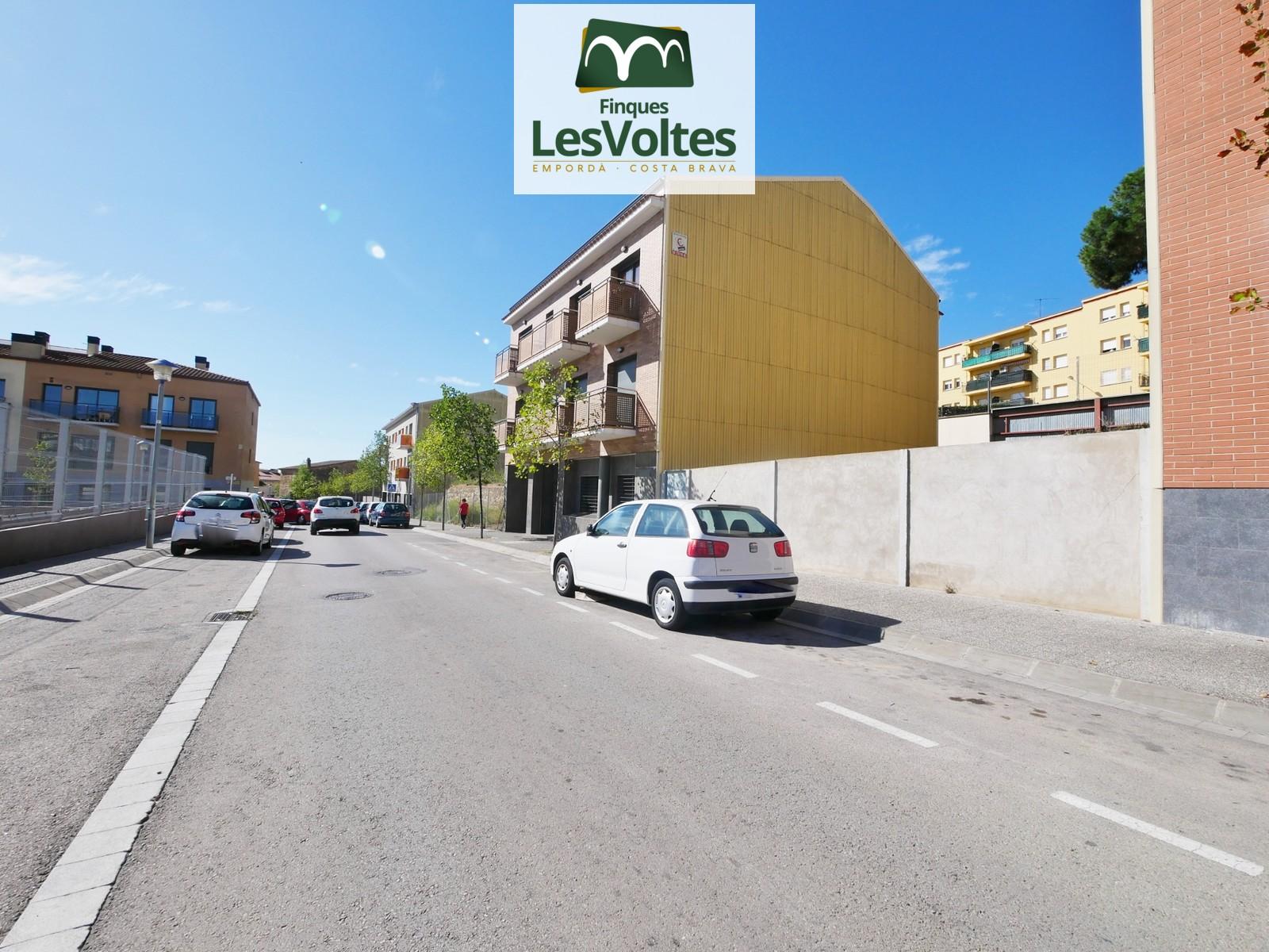 Parcel·la de 534 m2 d'entitat bancaria en venda a Palafrugell. Magnífica oportunitat!