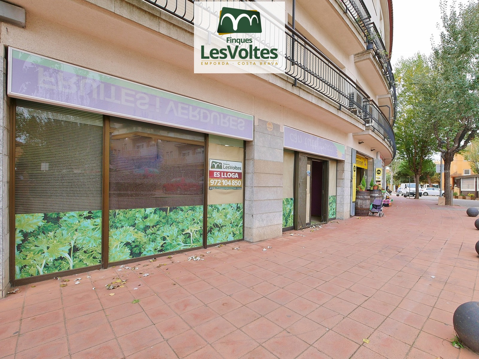 GREAT COMMERCIAL PREMISES OF 100 M2 IN SUPER STOP DE PALAFRUGELL.