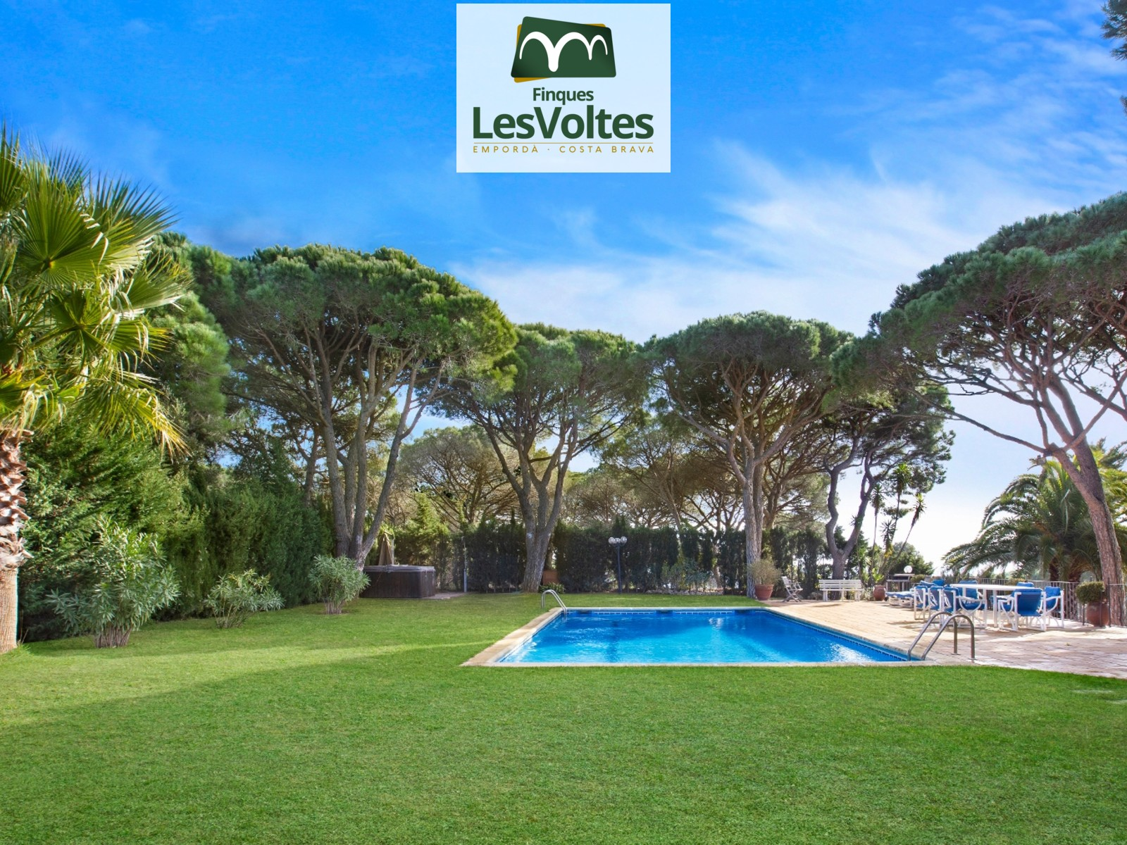 MEDITERRANEAN STYLE HOUSE 248m2 HIGH STANDARD WITH LARGE 7200 m2 LAND FOR SALE IN CALELLA DE PALAFRUGELL