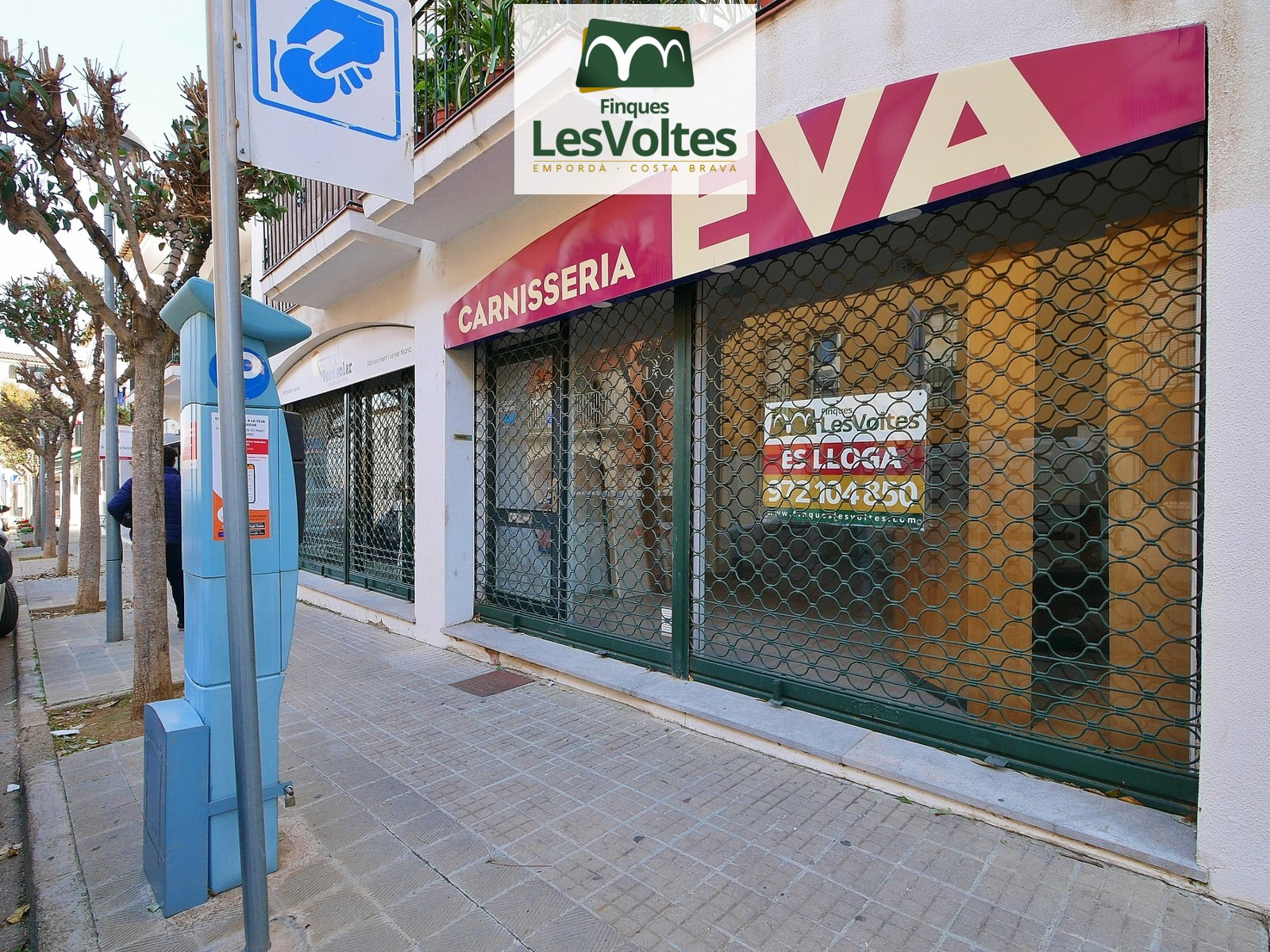 55 m2 commercial space with access from two streets for rent in Las Palmeras de Palafrugell.