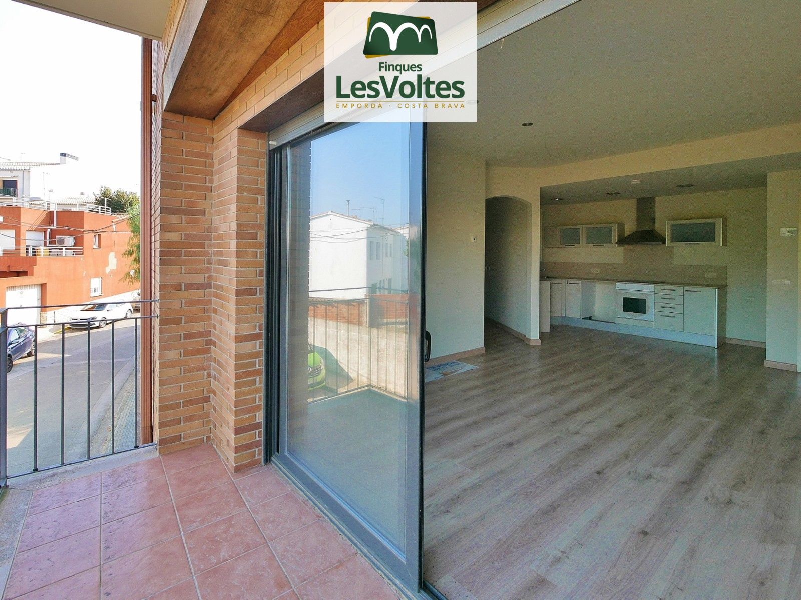 NOVELTY! 2 ROOMS APARTMENT WITH BALCONY FOR SALE IN PALAFRUGELL.