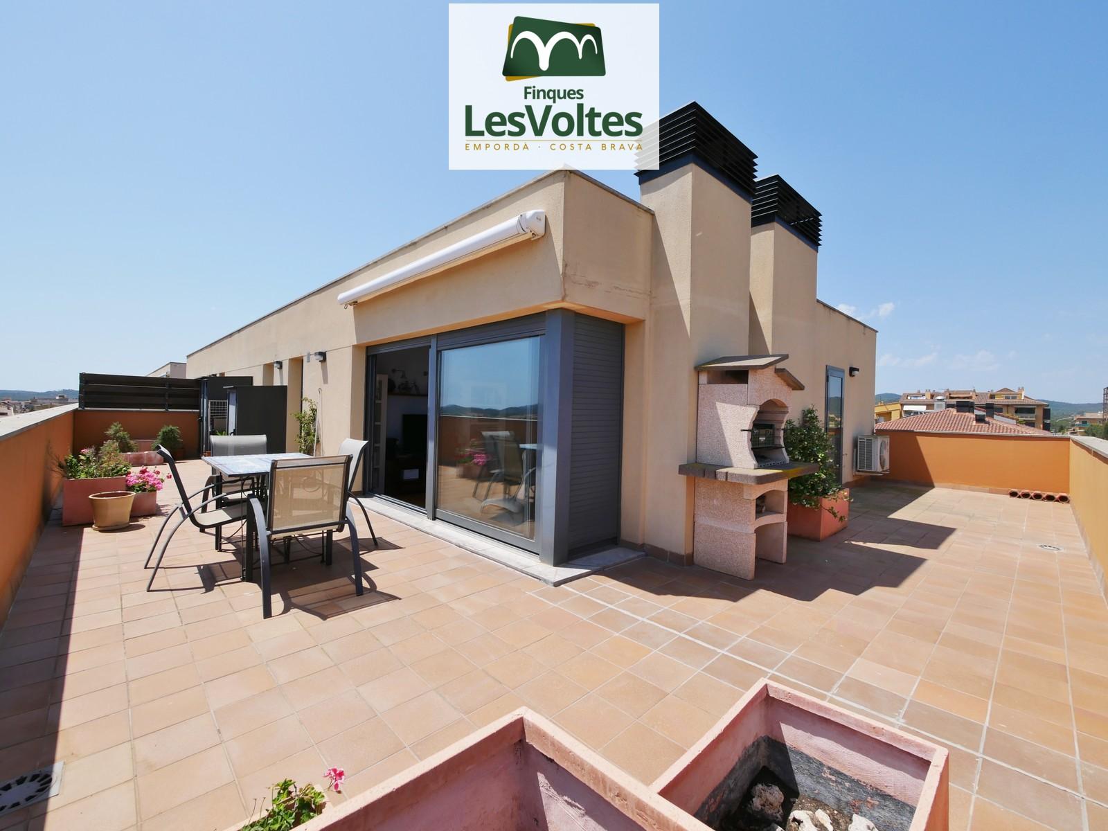 Exclusiu àtic seminou amb gran terrassa en venda a Palafrugell