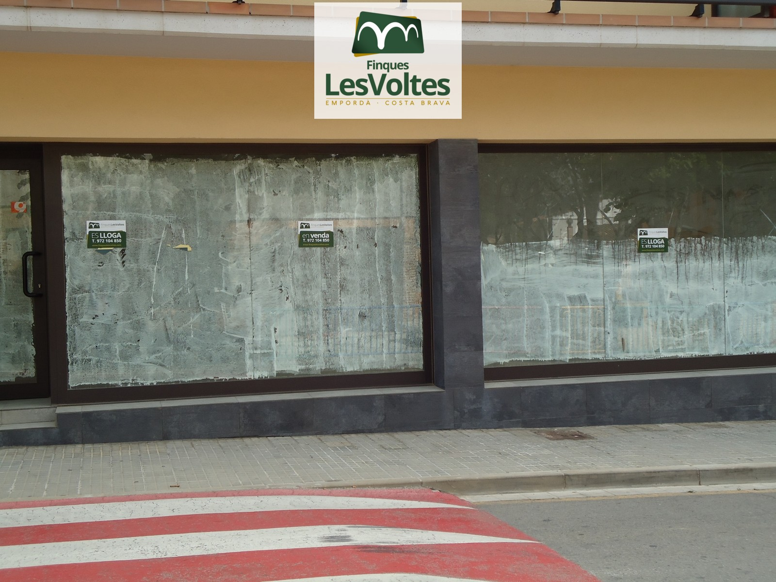 NEW PREMISES IN PALAFRUGELL 68 M2 GROUND.