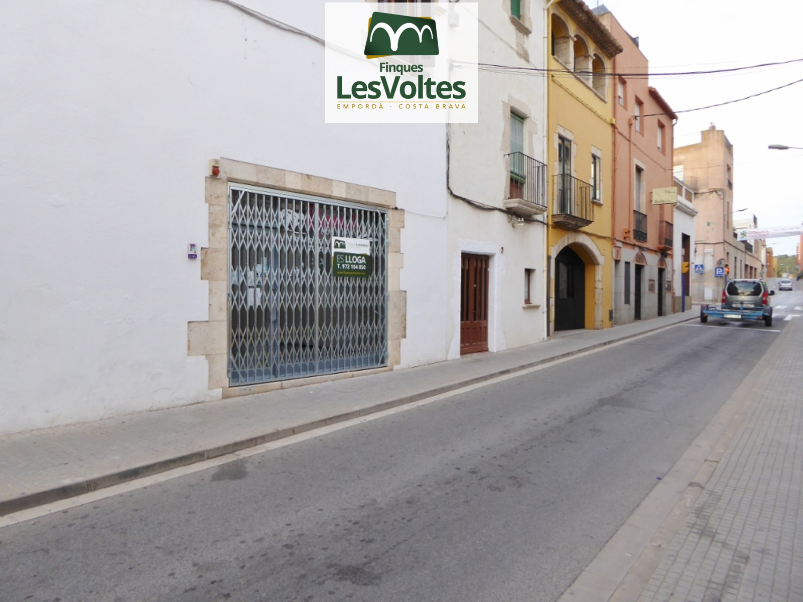 COMMERCIAL FOR RENT IN PALAFRUGELL CENTER PASSAGEWAY AND VERY VISIBLE