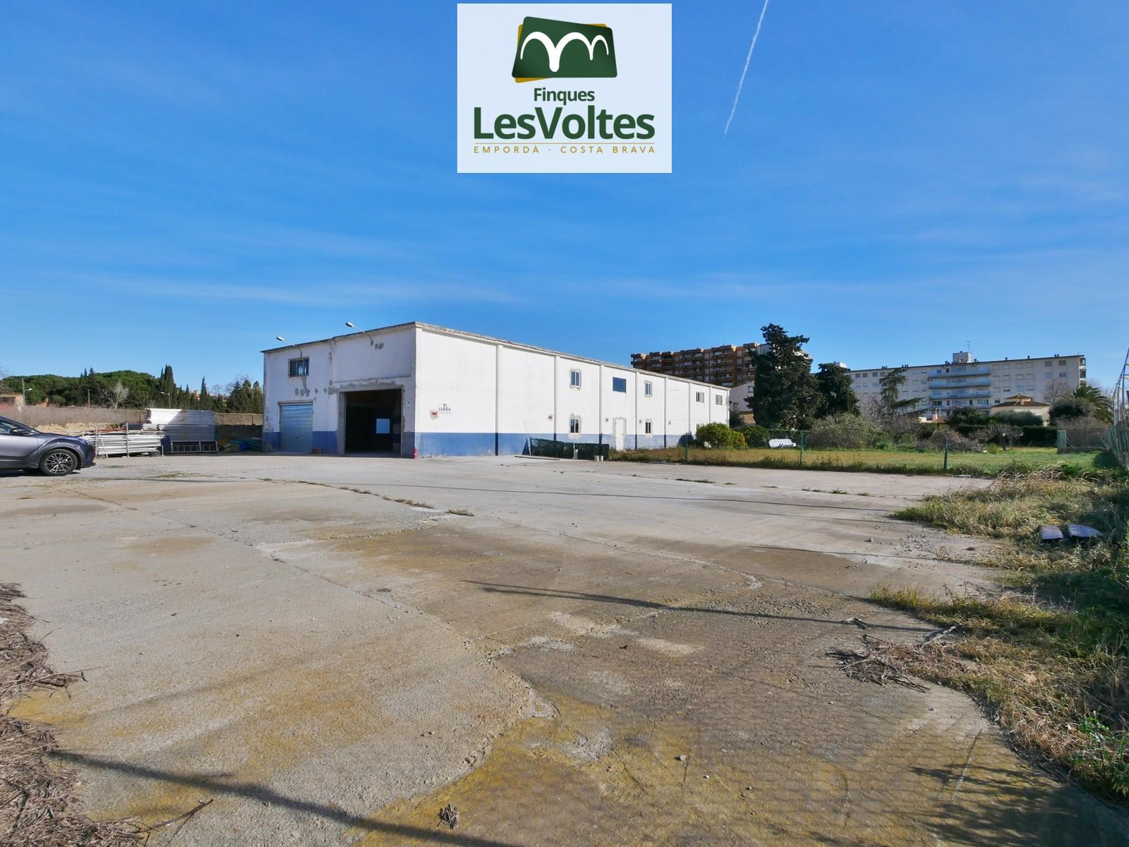 Nave Industrial en alquiler en Palafrugell de 960 m2